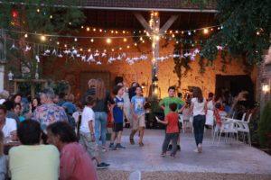 La Baligande - des soirées uniques (enfants qui jouent, adultes qui partagent un bon moment)